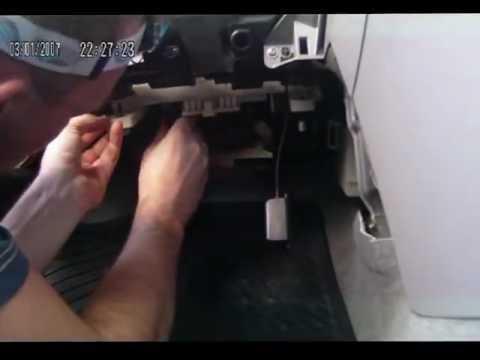 Мазда 3 замена салонного фильтра своими руками